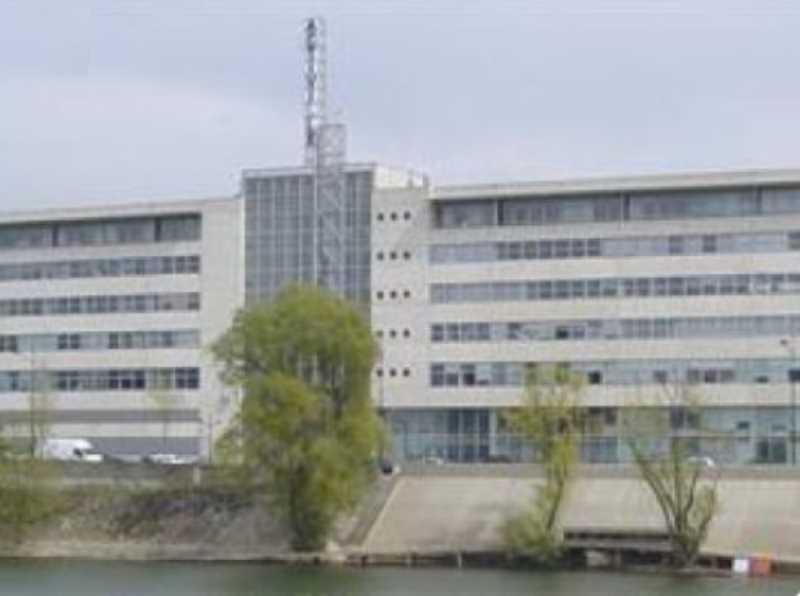 Location bureaux alfortville  m²