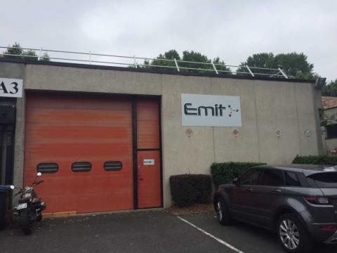Location Activités et Bureaux SAINT-DENIS - Photo 3