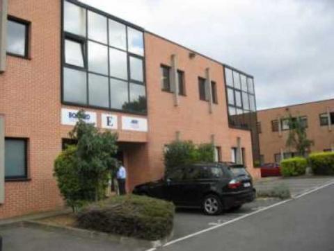 Location Activités et Bureaux SAINT-DENIS - Photo 1