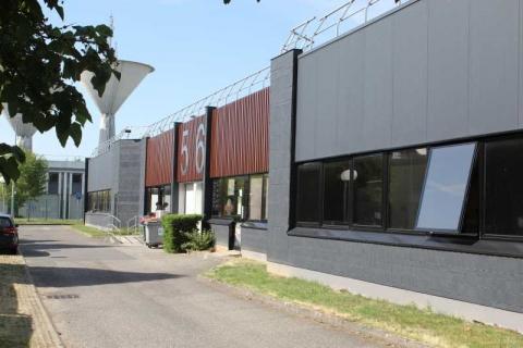 Location Activités et Bureaux VILLEBON-SUR-YVETTE - Photo 2