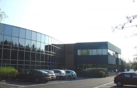 Location Activités et Bureaux SAINT-MICHEL-SUR-ORGE - Photo 1