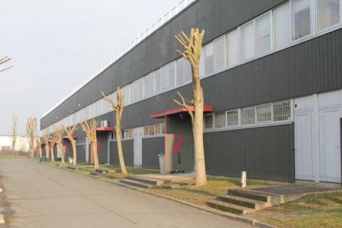 Location Activités et Bureaux COIGNIERES - Photo 1
