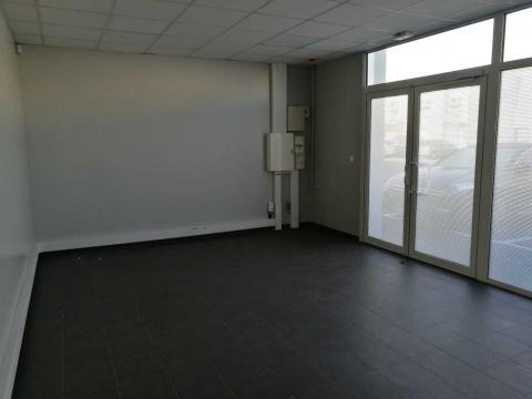 Location Activités et Bureaux CHAMBLY - Photo 4