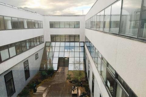 Location Activités et Bureaux NANTERRE - Photo 3