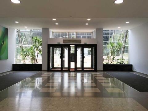 Location Bureaux et Activités COURBEVOIE - Photo 2
