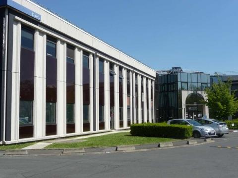 Location Activités et Bureaux COLOMBES - Photo 1