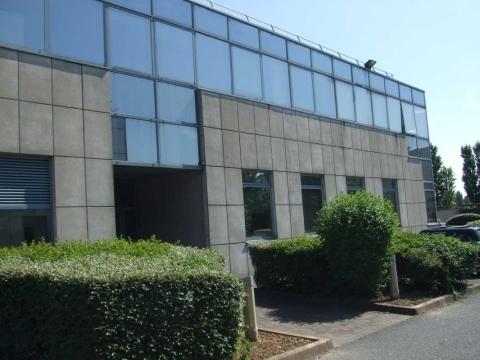 Location Activités et Bureaux CHILLY-MAZARIN - Photo 2