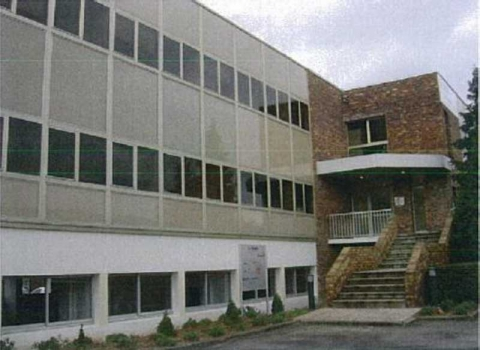 Location Activités et Bureaux LES-ULIS - Photo 1