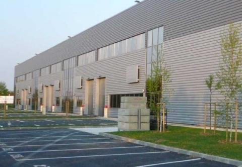 Location Activités et Bureaux LIEUSAINT - Photo 1