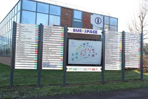 Location Bureaux BIEVRES - Photo 3