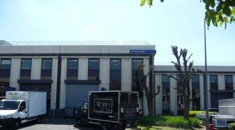 Location Bureaux et Activités COLOMBES - Photo 2