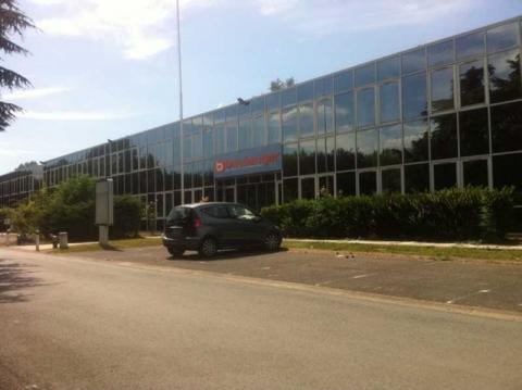 Location Bureaux RIS-ORANGIS - Photo 1