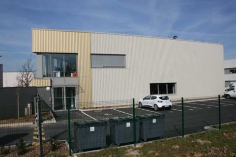 Location Activités et Bureaux GRIGNY - Photo 2