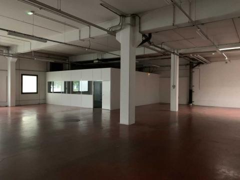 Location Activités et Bureaux ANTONY - Photo 2