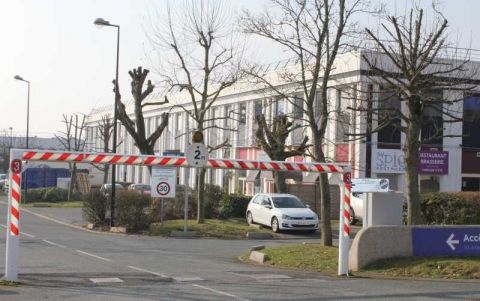 Location Locaux d'activité VILLEBON-SUR-YVETTE - Photo 9