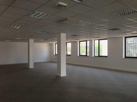Location Bureaux BAGNOLET - Photo 3