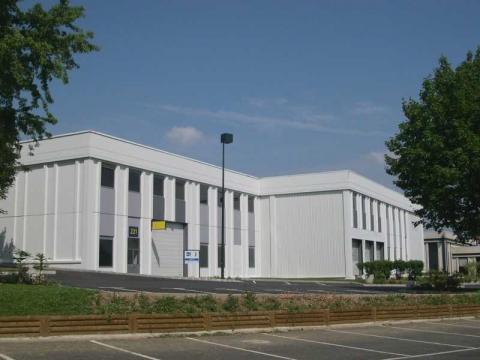 Location Activités et Bureaux OSNY - Photo 2