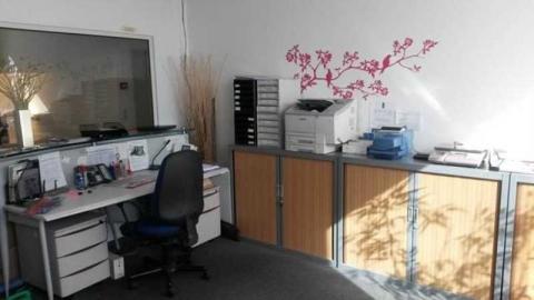 Location Activités et Bureaux MONTIGNY-LE-BRETONNEUX - Photo 6