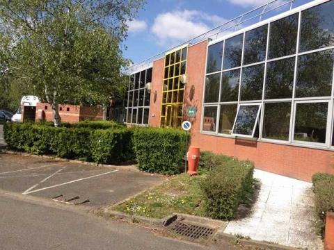 Location Activités et Bureaux LES-ULIS - Photo 2