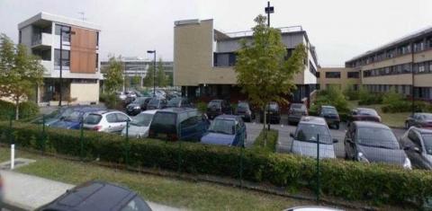 Location Bureaux CHAMPS-SUR-MARNE - Photo 1