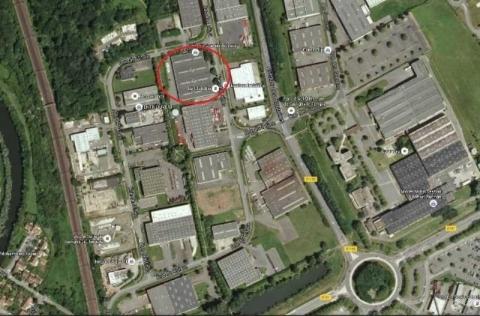 Location Activités et Bureaux SAVIGNY-LE-TEMPLE - Photo 2