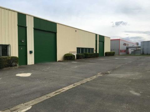 Location Activités et Bureaux SAVIGNY-LE-TEMPLE - Photo 7