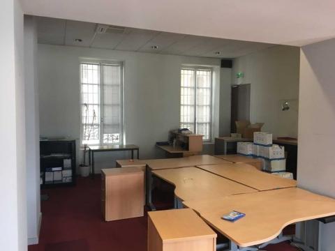Location Bureaux et Locaux commerciaux MARSEILLE - Photo 6