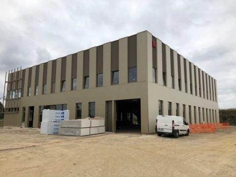 Location Activités et Bureaux TREMBLAY-EN-FRANCE - Photo 2