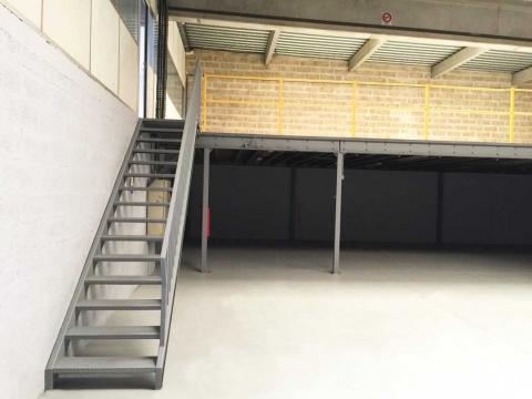 Location Activités et Bureaux LE-BOURGET - Photo 3