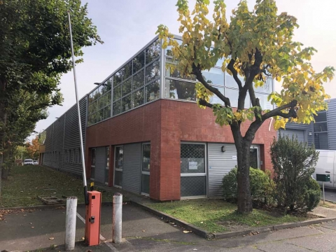 Location Activités et Bureaux GONESSE - Photo 3