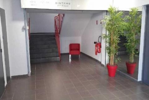 Location Activités et Bureaux VITROLLES - Photo 4