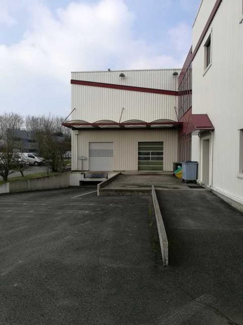 Location Locaux d'activité CHAMBLY - Photo 2