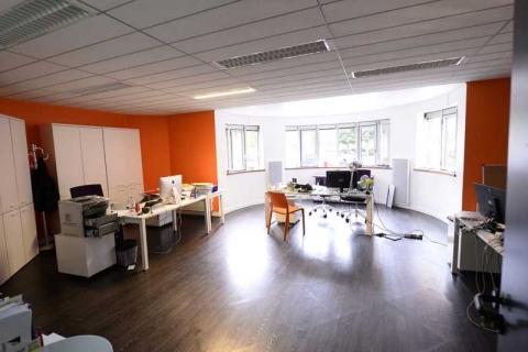 Location Bureaux MEUDON-LA-FORET - Photo 7