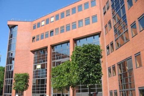 Location Bureaux MEUDON-LA-FORET - Photo 1