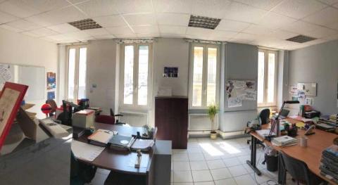 Location Activités et Bureaux MARSEILLE - Photo 2