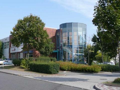 Location Entrepôts GOUSSAINVILLE - Photo 1