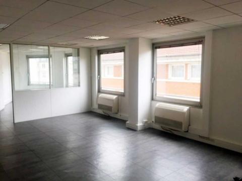 Location Bureaux LEVALLOIS-PERRET - Photo 3