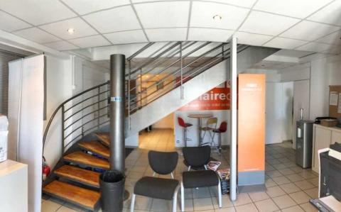 Location Activités et Bureaux ROUSSET - Photo 2