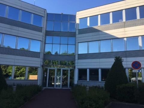 Location Bureaux MONTIGNY-LE-BRETONNEUX - Photo 3
