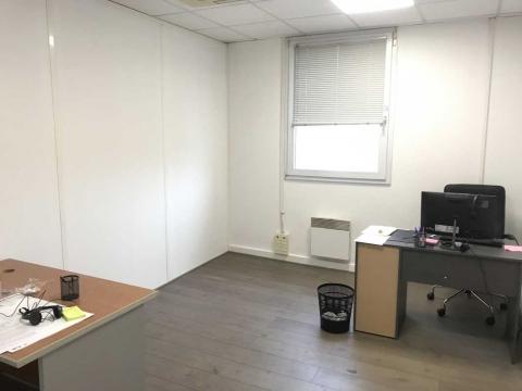 Location Bureaux MONTREUIL - Photo 2
