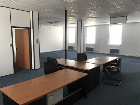 Location Bureaux MONTREUIL - Photo 4