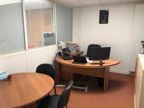 Location Bureaux COURBEVOIE - Photo 7