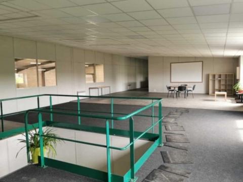 Location Entrepôts VILLENEUVE-SOUS-DAMMARTIN - Photo 3