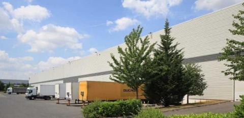 Location Entrepôts COMPANS - Photo 1